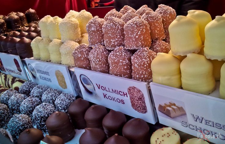 Variety of Schokoküsse- can't go to the christkindlesmarkt and not get one of these, or two or three, lol