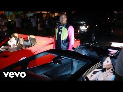 Yo Gotti - Rake It Up ft. Nicki Minaj - YouTube I Tell All My Hoes RAKE IT UP BREAK DOWN BAG IT UP FUK IT UP FUK IT UP BAK IT UP BAK IT UP