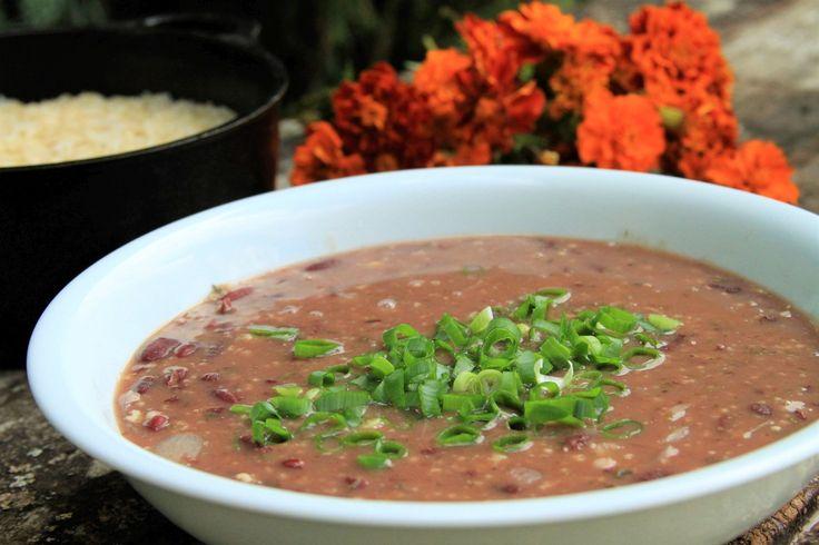 Feijão vegetariano delicioso, com muito tempero e adicionado de aveia para agregar mais valor nutricional é perfeito pra Reeducação Alimentar
