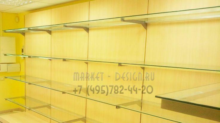 стеллажи для магазина с стеклянными полками
