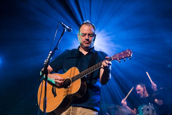 Review, setlist and photos from the Matthew Good + Craig Stickland show at Corona Theatre in Montreal, Quebec on 18th March 2017