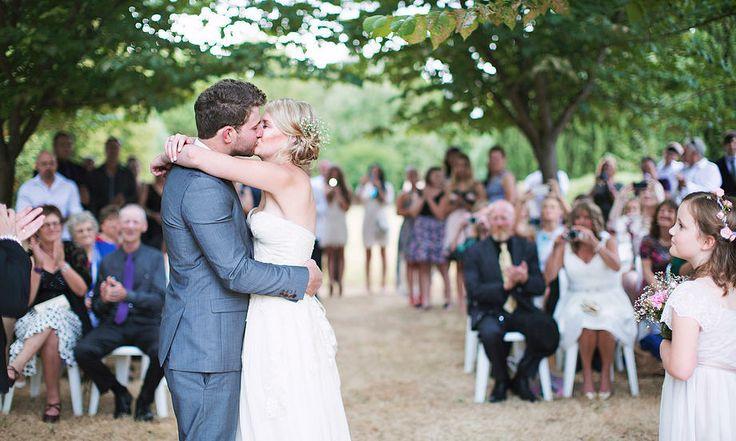 Daylesford outdoor wedding ceremony