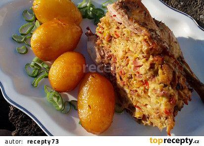 Nadívaná kachna pečená s bramborem (nejen) z remosky recept - TopRecepty.cz