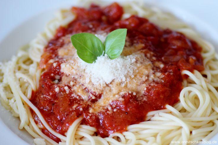 Vegetarisch: Spaghetti mit Tomatensauce à la Jamie Oliver