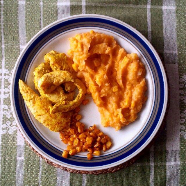 Kuře po indicku s bramborovo-batátovo-kukuřičnou kaší