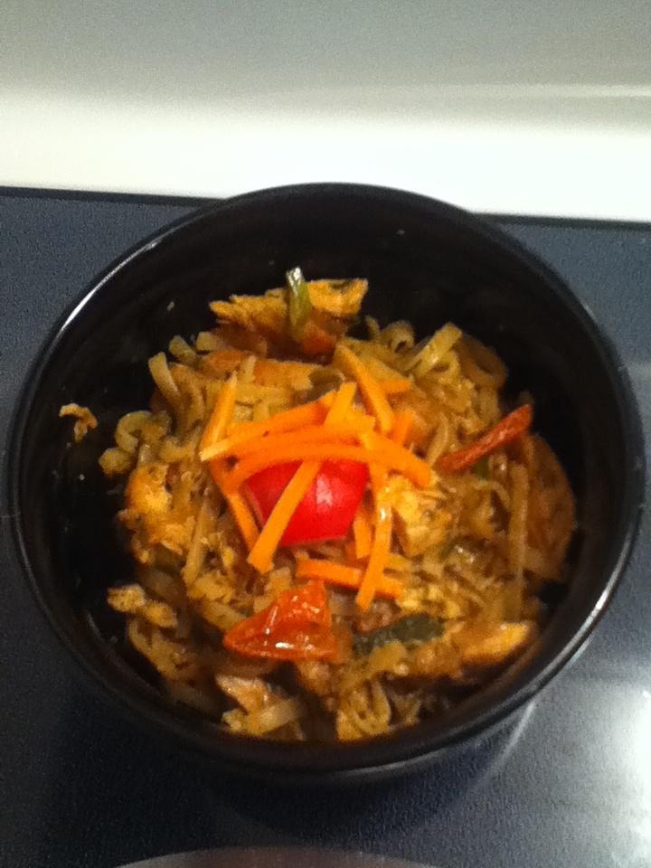 Chicken & Tomato - Thai rice noodles.