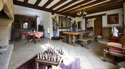 Salle à manger de la Propriété avec Chambres d'hôtes et gîte à vendre à Vezac près Sarlat en Dordogne
