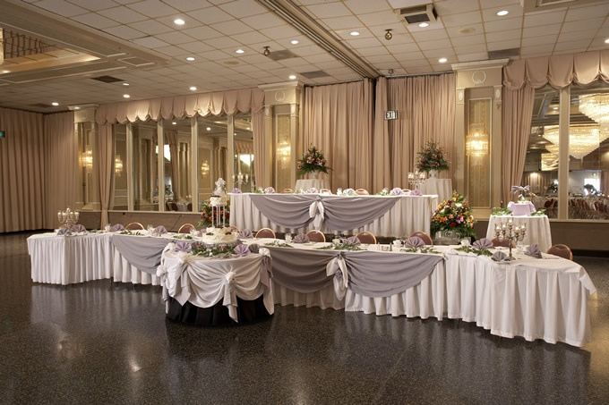 Head Table Decorations Wedding Reception Wedding Dress: Two Head Tables With A Curve