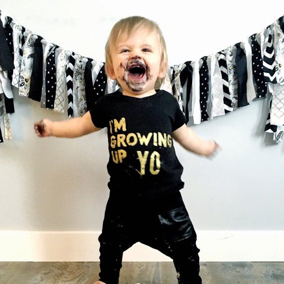 1st Birthday Outfit - Kids Birthday Shirt - Hipster Baby Clothes - Boy Toddler - Girl Toddler - Baby Boy - Baby Girl - Im Growing Up Yo Gold