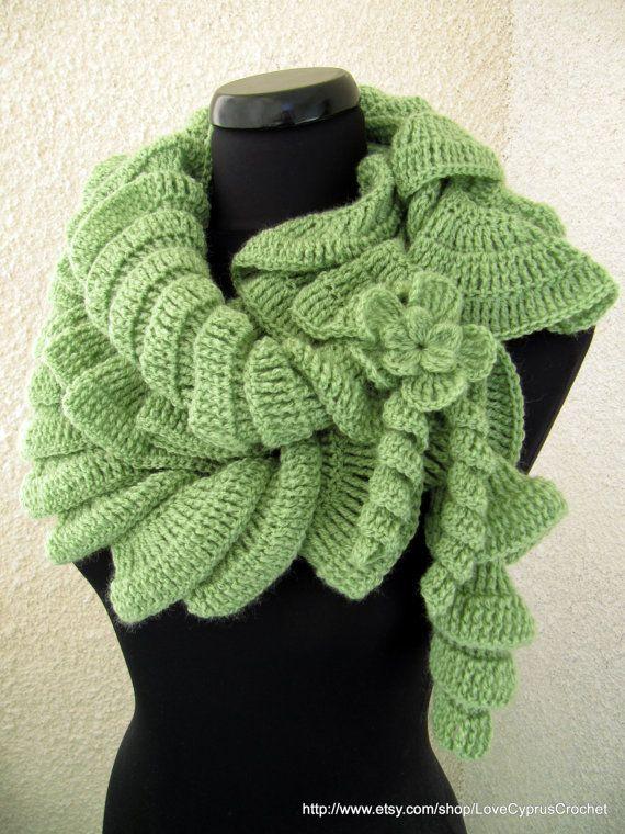 PDF TUTORIAL Crochet Pattern Ruffle Scarf