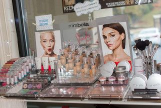 Mirabella mineral makeup
