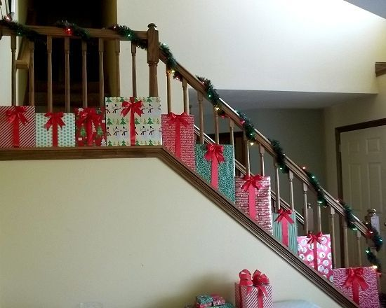"""Presents"" Christmas Staircase Decorations"