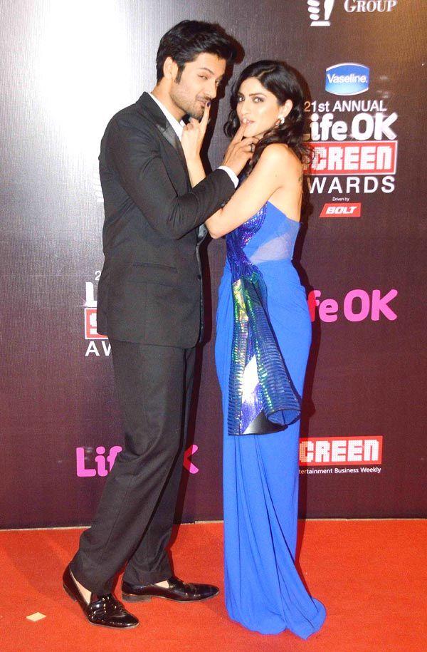 'Khamoshiyan' co-stars Ali Fazal and Sapna Pabbi at Life OK Screen Awards 2015. #Bollywood #Fashion #Style #Beauty
