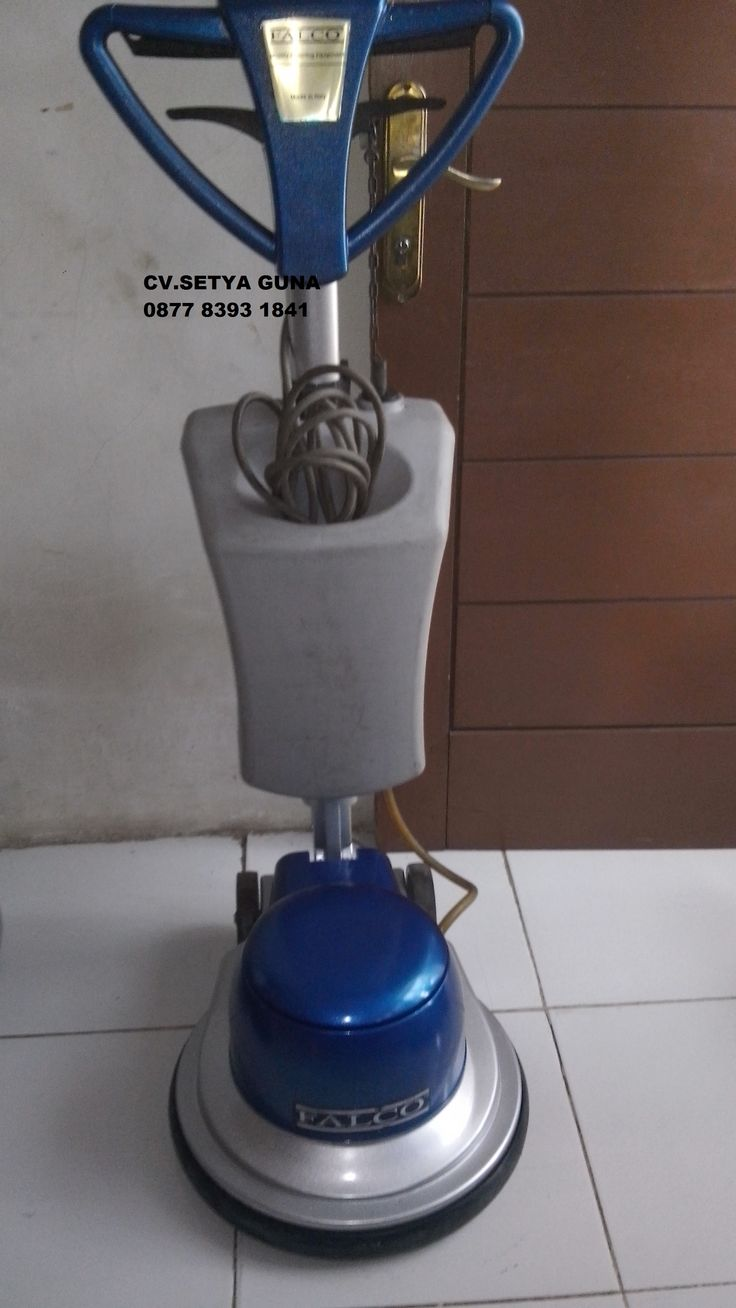 Jual mesin cleaning second mesin poles lantai/floor polisher Falco spesifikasi :  Model : Falco Made In Italy 154  Power : 1000 Watt  Diameter : 17 Inch  Speed : 154 Rpm  Weight : 48 Kg  Cable : 11 M  Including : Main body,pad holder,water tank  Country : Italy  Garamsi 1 Tahun   Harga Second 6 Juta