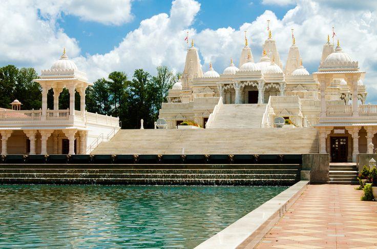 BAPS Shri Swaminarayan Mandir, Atlanta, USA | 17 Awe-Inspiring Places Of Worship Around The World