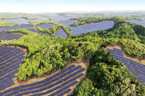 Kyocera aprovechará campos de golf abandonados para instalar plantas solares
