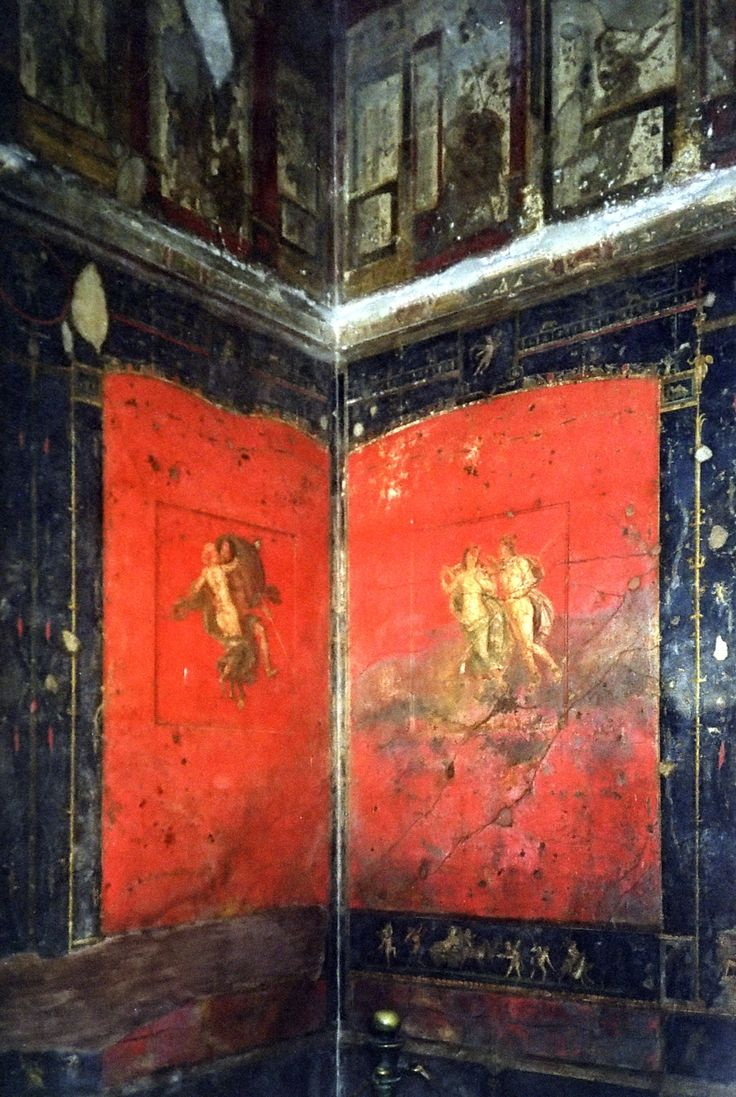 314-ROMAN ARCHITECTURE, Fourth Style Wall Painting (c. 20 AD to c. 79 AD): Wall painting at the House of Vettii, Pompeii. Example of the early fourth style painting; in the bottom is the 3rd style. and up is fourth style. (Triclinium or dining room)