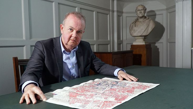 From open borders to Brexit Britain: Ian Hislop reveals the history of British immigration