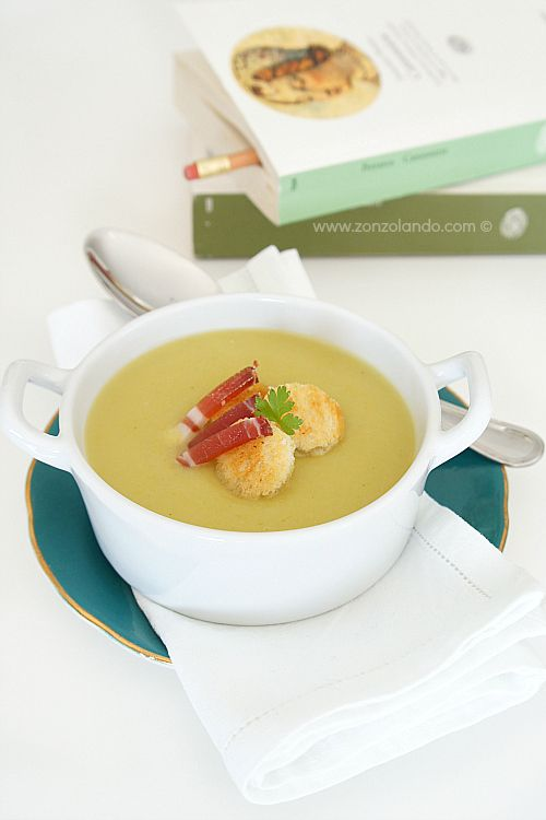 Vellutata di porri e patate - Leek and potato soup | From Zonzolando.com