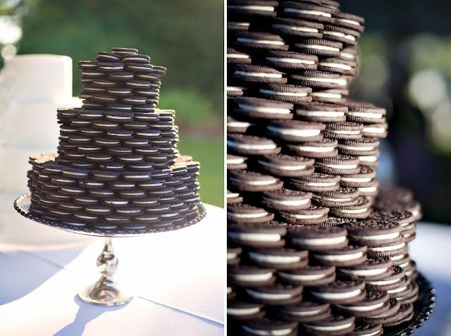 Um lindo bolo de OREOS *-*