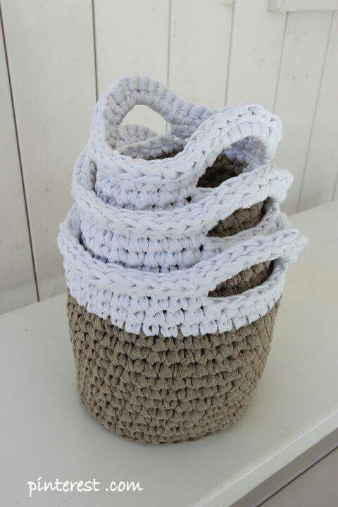 Crochet em trapilhos. Facebook