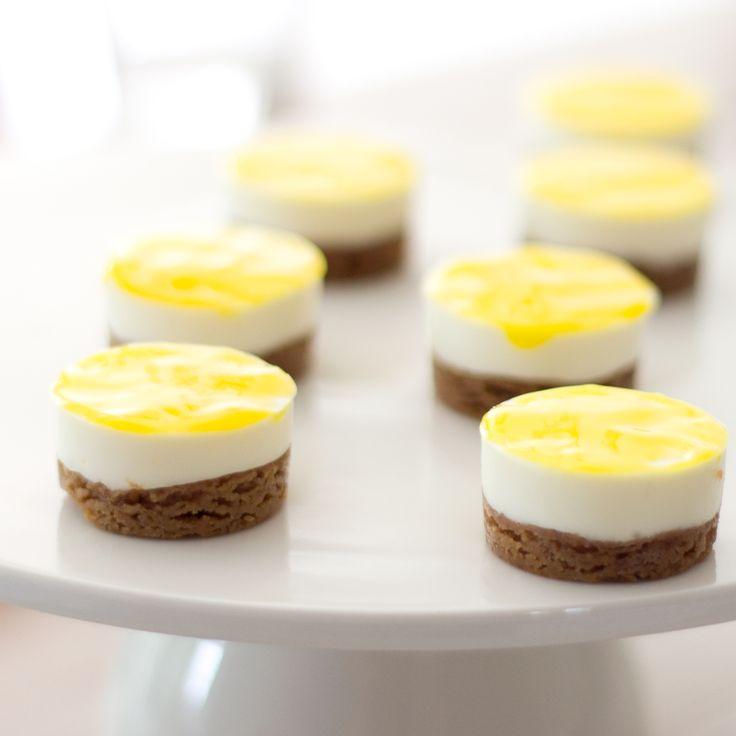 Sweet bitesize lemon cheesecakes