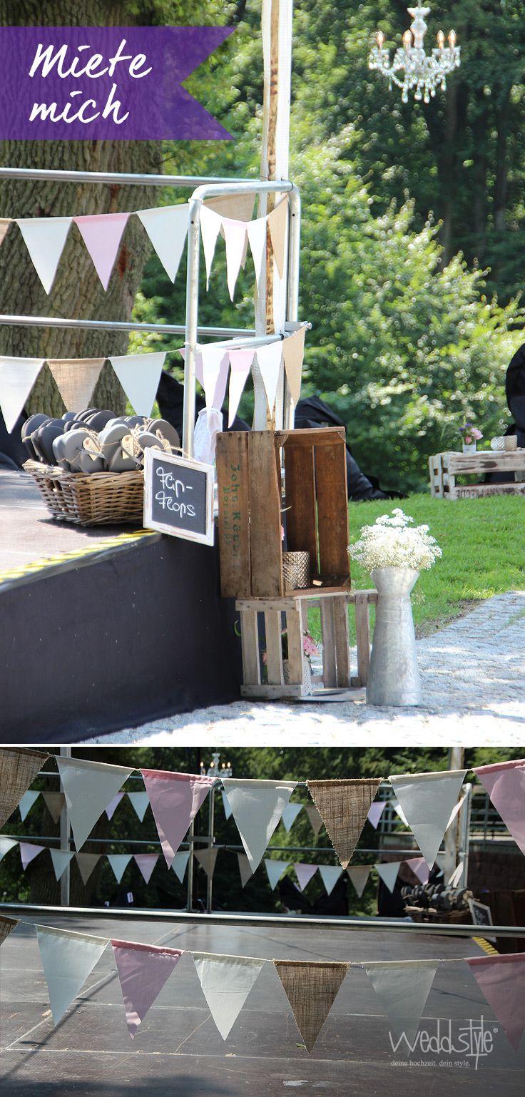 ♥♥♥ Wimpelketten in soften Pastelltönen und Jute-Stoff. http://www.weddstyle.de/vintage-hochzeit-wimpelketten.html