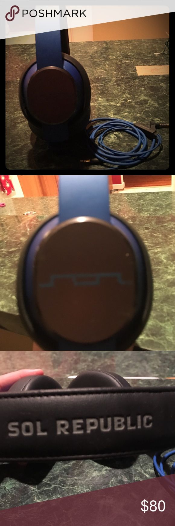 Sol republic x3 high quality headphones Back and blue. Very loud, great bass, barely used, good Christmas present sol republic Other