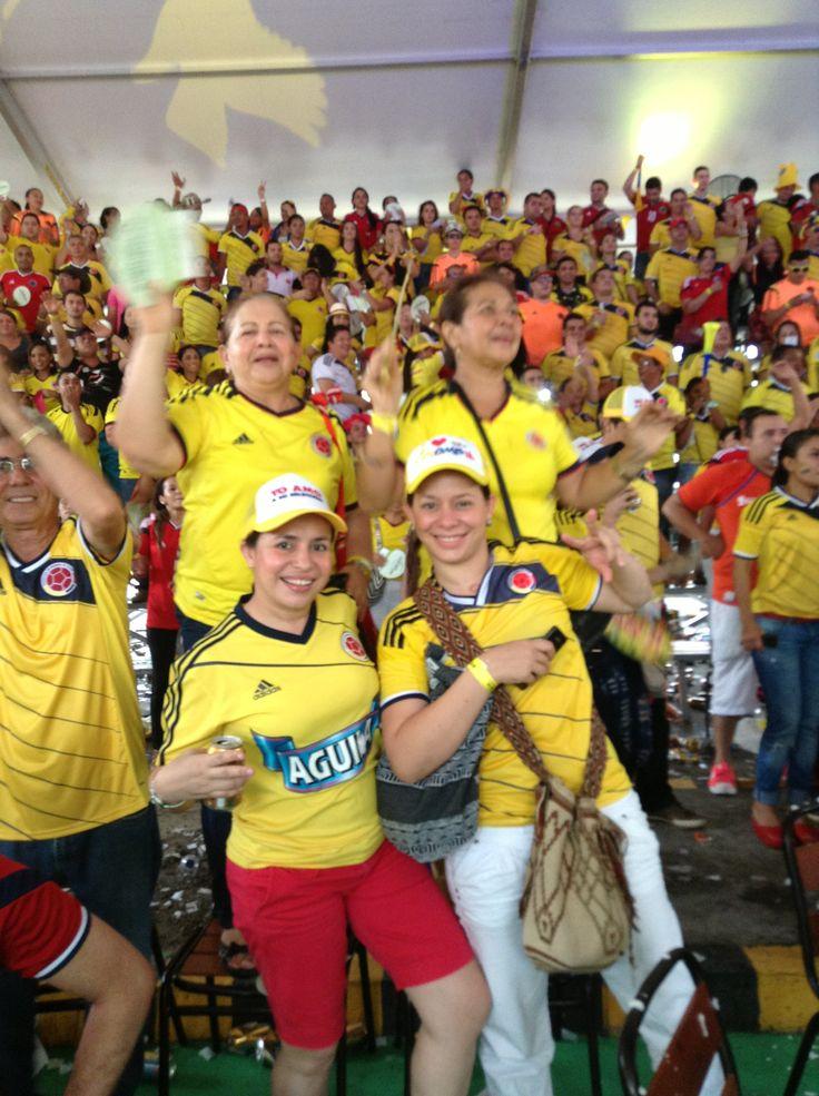 CORAZONES A MIL POR HORA !!! — en el ESTADIO MUNDIALISTA ALAMEDAS !