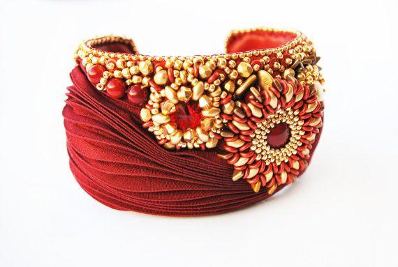 Shibori jewelry, shibori bracelet, Embroidery Bracelet, Red Bracelet, Swarovski jewelry, Silk,leather bracelet, Chrismas gifts, OOAK jewelry