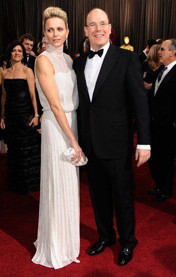 Februar 2012: Einen königlichen Auftritt legen Fürstin Charlène und Prinz Albert von Monaco bei der 84. Oscar-Verleihung in Los Angeles hin.