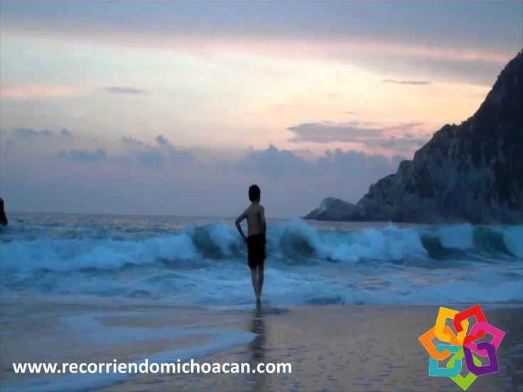 """RECORRIENDO MICHOACÁN. Si visita playa Maruata encontrará una laguna y los arroyos Escobillero y Chipana, desembocando en el río Motín del Oro, donde puede pasear y nadar en estas """"albercas"""" naturales y disfrutar de su visita a la playa. Es una experiencia maravillosa disfrutar de las aguas limpias y templadas que le ofrece este increíble lugar. BEST WESTERN DON VASCO PÁTZCUARO http://www.bwposadadonvasco.com.mx/"""