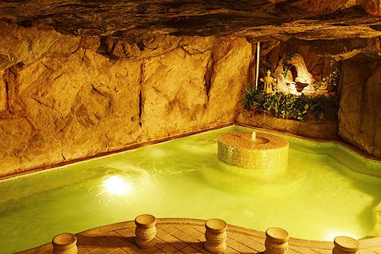 Beverly Hot Springs%0ATouted as Los Angeles's only all-natural hot springs, the pools at this small, no-frills, traditional Korean bathhouse beat a bubble bath any day of the week. The minerals in the water are supposed to stimulate circulation, alleviate arthritis, help with fatigue, and lower blood pressure. All you have to do is climb in and let the water do its work.%0ABeverly Hot Springs, 308 North Oxford Avenue (at South Oxford Avenue); 323-734-7000.