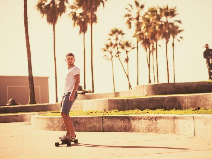 Inteligentný skateboard, ktorý by zmenil nadobro mestskú hromadnú dopravu