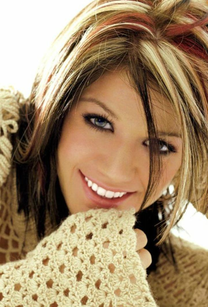 Dark Hair With Blonde Highlights Kelly Clarkson