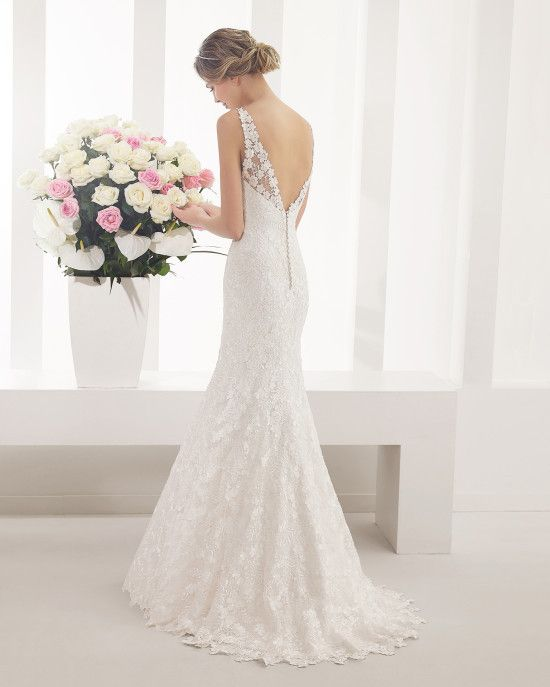 Fashionably Yours - Palatino Sheath Wedding Gown By Alma Novia, please call 02-9487 4888 for pricing (http://www.fashionably-yours.com.au/palatino_sheath_wedding_gown_by_alma_novia/)