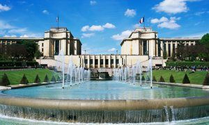 Fountains and the Palais de Chaillot at Paris's Jardins du Trocadéro.