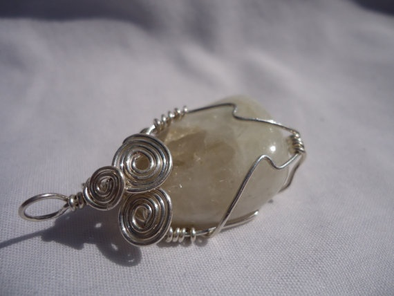 7 best Wire-Wrapped Stones images on Pinterest   Wire craft, Wire ...