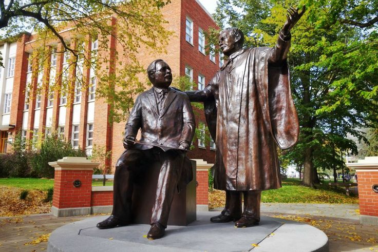 'The Visionaries,' a monument honouring the University of Alberta's founders, was unveiled Sept. 24, 2015. The bronze sculpture is the centrepiece of the Presidents' Circle on the university's north campus.