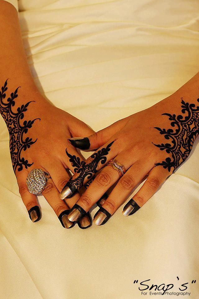 1106 besten mehndi designs bilder auf pinterest hennas. Black Bedroom Furniture Sets. Home Design Ideas