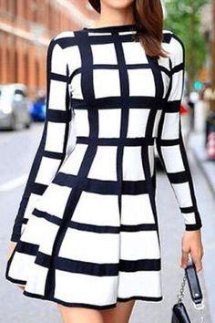 De moda de cuello redondo de manga larga vestido de tela escocesa para las mujeres