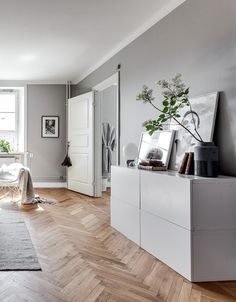 2018 living room decor with grey
