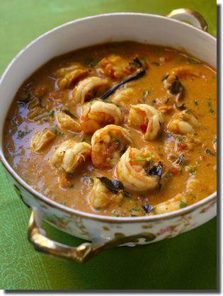 Jheenga Saalan (Pakistani Shrimp Curry) Recipe -