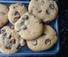 Recipe Clone of Cadbury Chocolate Chip Cookies by Fiona Messer - Recipe of category Baking - sweet