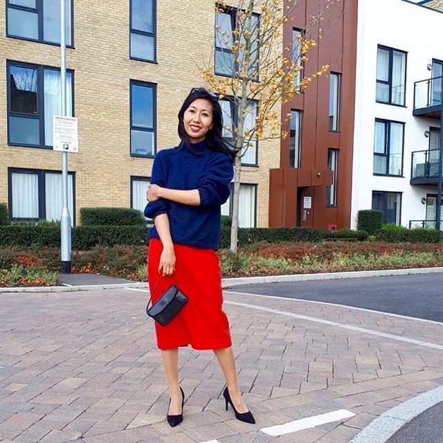 Loose Jumper and Midi Skirt Outfit, Fall Outfit, Everyday Outfit Ideas