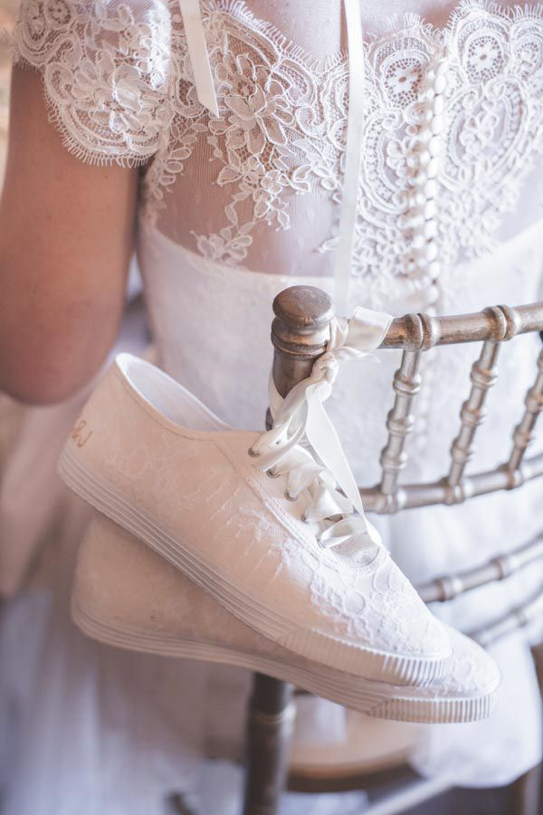 "Sapatos de noiva ""plano B"" // Plan B bride's shoes"
