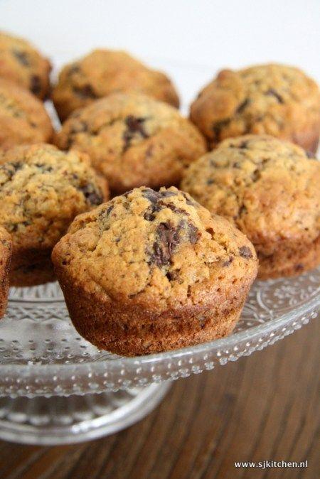 Havermout muffin met banaan, chocolade en walnoot