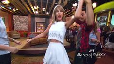 10 Facts About 1989 Every Taylor Swift Fan Needs To Know