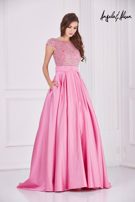 44 best Ballgowns images on Pinterest   Party wear dresses, Prom ...