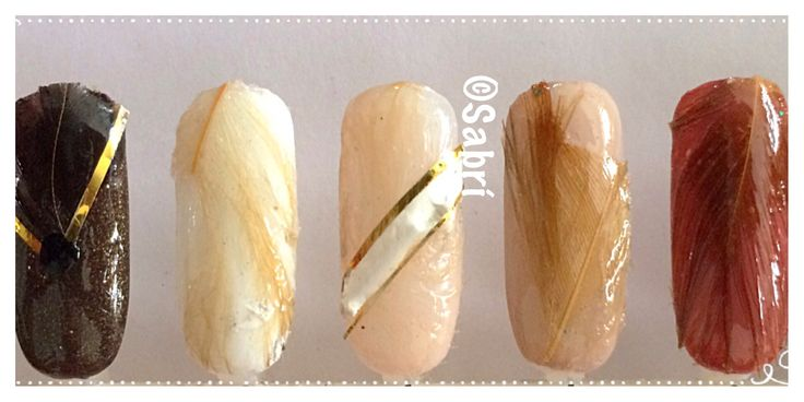 My new #naildesigns: #experimenting with #texture using #feathers! #love!  #neutrals #glam #simplicity #nailart. #Nails #Uñas #Unghie #Ongles  #Unhas #Nailpolish #Esmalte #Smalto #Émail. #Beauty #Belleza #Bellezza #Beauté #Beleza #Cosmetics #Cosméticos #Cosmetici #produitsdebeaute #fabat40.